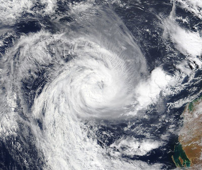 Cyclone damages Australian cities, cuts power to thousands