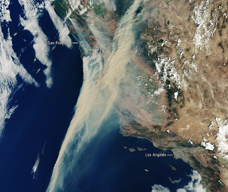 Extreme heat wave continues to choke West Coast, with wildfires burning more than 300K acres