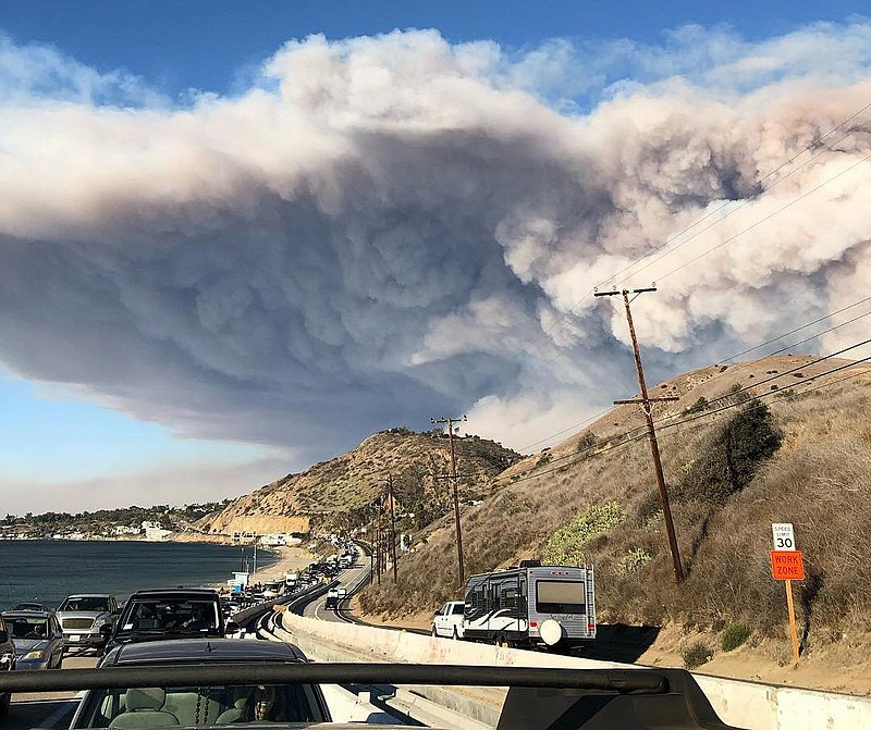 Now 40.500 acres, Dixie Fire grows by 10.000 acres on Monday