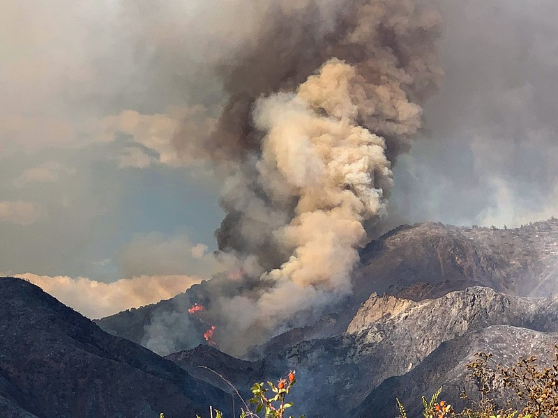Highway 50 in El Dorado County closed in both directions because of Caldor fire near Tahoe